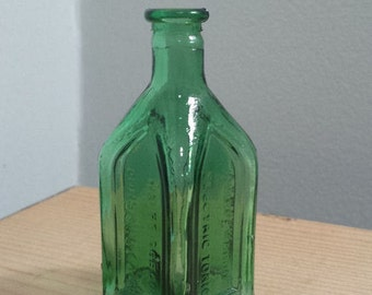 Cathedral - Chief Wahoo Electric Tonic Green Glass Bottle, vintage Wheaton Bottle Colonial Mini Series