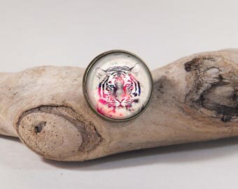 Tiger graphist 20mm diam. Glass dome on pin