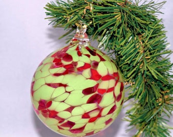 Teaberry Delight Glass Christmas Ornament