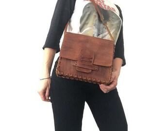 1970s natural tan leather handmade HANDBAG // 1970s shoulder bag