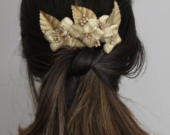Gold Flowers Comb,Flowers Hair Comb, Leaf Clip, Bridesmaid comb, Bridal Headpiece