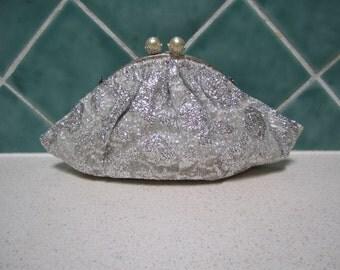 Gorgeous Vintage Silver Fabric Handbag- Clutch - 1950's - Wedding