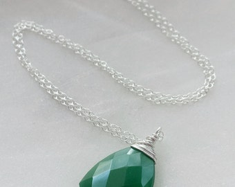 Green Onyx Necklace, Onyx Pendant, Sterling Silver Green Onyx Necklace, Emerald Green Onyx, Large Gemstone Necklace