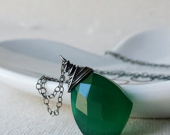 Green Onyx Necklace, Onyx Pendant, Oxidized Silver Green Onyx Necklace, Oxidized Necklace, Large Gemstone Necklace