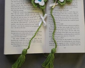 Handmade crochet rose bookmark, daisy floral bookmark, crochet flower rose, reader gift.