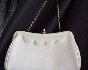 """Mid Century White Patent Leather Clutch Purse Scalloped Design 9 1/2"""" Long"""