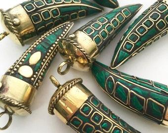 Tibetan Horn, Horn Pendant, Tibetan Jewelry, Mosaic Jewelry, Malachite Pendant, Malachite Jewelry Mosaic Pendant Horn Jewelry, Green Pendant