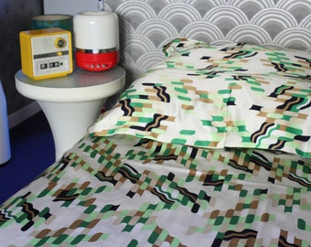 70s Geometric Pattern Single Duvet Cover with pillowcase - green brown - 57 x 78