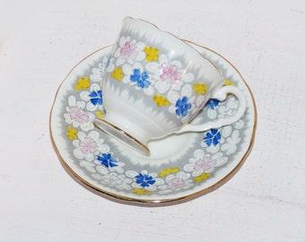 Royal Stafford , Bone China England - 1950s - Vintage china - Mid-century china Signed  - 1003