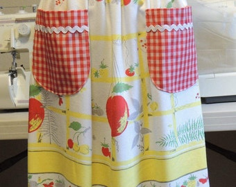 Vibrant vintage linen apron with red gingham and rick rack pockets (large size)