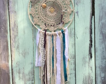 Beachy Dreamcathcher with Eclectic Doily