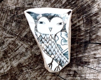Large Beach Pottery Owl