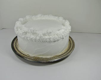 Vintage TARNiSHED SILVERPLATE CAKE PLATE Set/2 Open Work Rim Wedding Silver Plate PATiNA Stand Reed & Barton