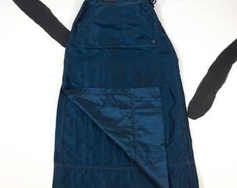 90s / y2k / Iridescent Blue Kangaroo Pocket Maxi Raver Skirt / Nu Metal / Skater / TLC / Nylon / Goth / Cyber / Size Medium / Delias / Alloy