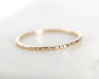 Textured Ring • Recycled 9K Gold