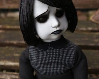 "Hilda - Original Mims Victims doll - 14.5""/37cm"