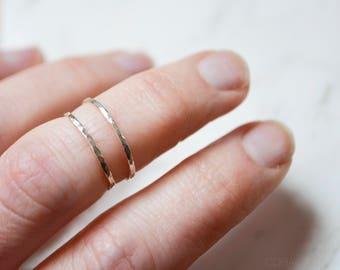 Thin Silver Hammered Ring, Sterling Silver Ring, Stackable Silver Rings, Thin Silver Hammered Ring, Midi Ring