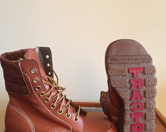 1970's Women's Leather Moon Boots- Work Boots by Tractor. Made in Canada. NOS. Brand New Condition.