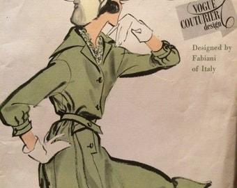 RARE Vogue Couturier Design Dress Pattern---Vogue 102---by Fabiani
