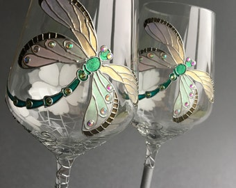 25th Anniversary Glasses, Silver Anniversary Glasses, Dragonfly Glasses, Wedding Glasses, Anniversary glasses, Wine Glasses
