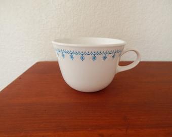 Vintage Corelle Snowflake Garland Coffee Cups