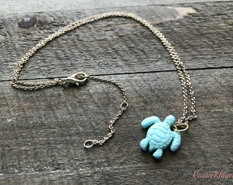Mint green sea turtle necklace // Polymer clay