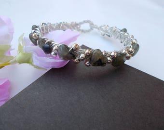 Labradorite bracelet , wire wrapped bracelet , wire wrapped jewelry , labradorite jewelry , wire jewelry , silver plated jewelry , bracelet