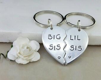 Big sis lil sis, big sister little sister, Keychain set, gift for sister, sister keyring, big sister gift, little sister gift