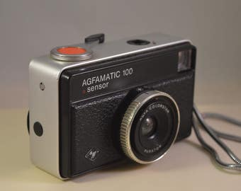 Vintage agfa AGFAMATIC 100 camera
