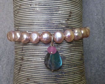 Pink Pearl and Labradoerite Bracelet/Elasticated Gemstone bracelet / Gift for Her