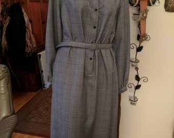 Vintage hounds tooth check shirt dress.