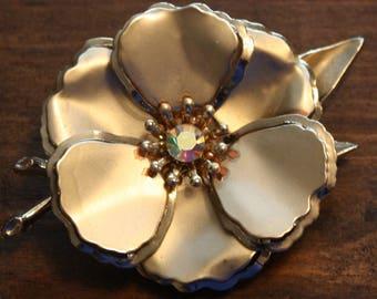 Vintage Large Flower Brooch Gold Tone with a Aurora Borealis Rhinestone