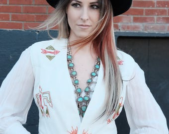 Vintage white handmade stitched vest/western/Navajo/Embroidered/Size:Small/Medium