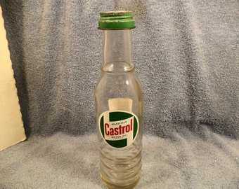 Castrol Oil 1 Pint Glass Oil Bottle With Painted  Castrol Logo Label