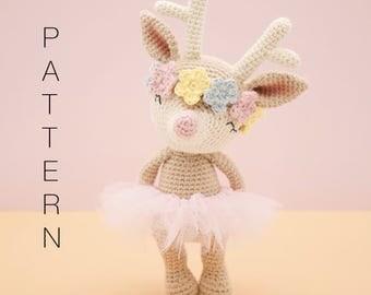 Amigurumi crochet sweet reindeer - Ginger the reindeer PATTERN ONLY (English)