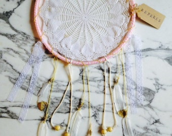 Dreamcatcher / Attrape Reves with Feathers  - Boho wall hanging - Pink and Gold (Large)