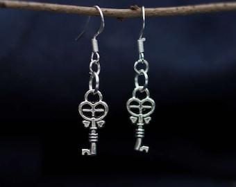 Sweet earrings with key heart vintage