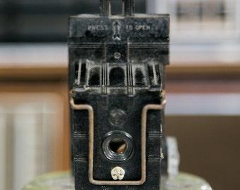 Univex Model A Sub-Miniature Bakelite/Plastic Spy Camera - For Display/Repair