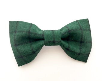 Green and Navy Plaid Bow Tie, Navy Green Tartan Bow Tie, Bow Tie, Green and Navy Bow Tie, Green Bow Tie, Plaid Bow Tie, Christmas Bow Tie