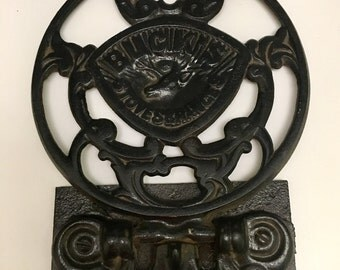 Vintage Cast Iron Trivet, Buck's Stoves and Ranges Trivet, Vintage Cast Iron Stove Wall Trivet, Cast Iron Hot Plate, Fold Down Hot Plate