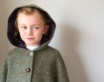 Girls Tweed cape, fully lined in purple with hood 'Iris' - Harris Tweed