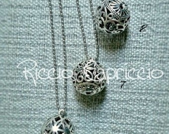 Necklace Bola Bola