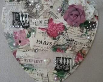 Shabby Chic/Vintage Heart Paris Plaque