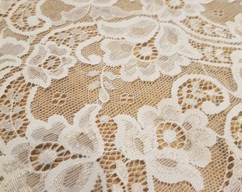 Stunning vintage lace trim wide lace double edged trim 5.5 inches wide x 1.3 metres in length . White lace. Made in France