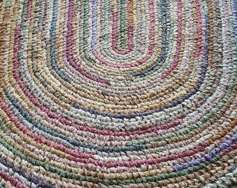 Custom Rug Made Just For You!  - Deposit for a 3'x4' Handmade Oval Rag Rug - Your choice of colors.