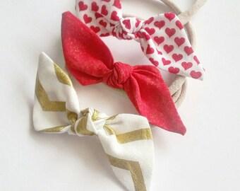 Baby nylon headbands set { Valentine } baby bow sets