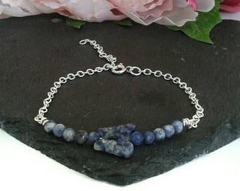 Bar bracelet -  beaded bar bracelet - delicate bracelet - dainty bracelet - everyday bracelet - gemstone bracelet for mum