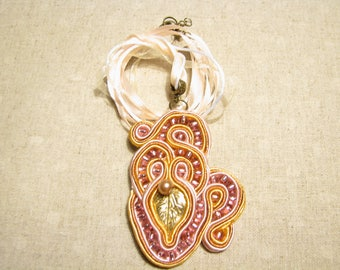 Beaded pendant Gold pendant Soutache necklace Gold leaf pendant Daughter gift for friend Ribbon pendant Everyday pendant Pink pendant Xmas