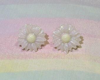 Cult Party Kei Earrings, Kawaii Earrings, Pop Kei Earrings, Daisy Earrings, Glitter Earrings, Fairy Kei Earrings, Whimsical Earrings