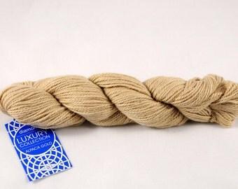 Alpaca Gold yarn, 100% Super Baby Alpaca, color Sand.
